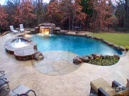 Walk in pool...would love this someday :)