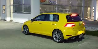 2018 volkswagen golf r. ginster yellow 2018 vw golf r is a thing of retro beauty volkswagen