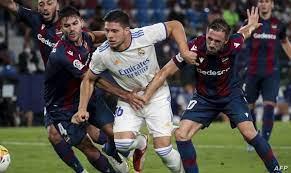 ريال مدريد يتعثر أمام ليفانتي في الدوري الإسباني