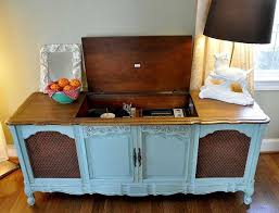 'Vintage Record Player Cabinet by MommomsDesk on Etsy'...this just brought