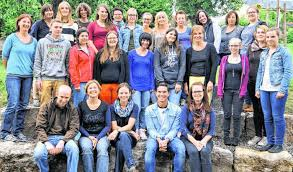 Das Organisationsteam (vorne von links): Bernd Bühler, Jutta Kienle, Sabine Graf, Tobias Meschenmoser und Melanie Waibel sowie Karin Köchling (mittlere ... - 8821223_3_U85JF0KV_C