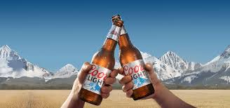 20 Bottles Of Coors Light Molson Coors Doesnt Look Ready To Serve Up Growth In Q3
