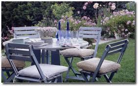 shabby chic outdoor furniture. Country Wedding, Rachel Ashwell, White Decorating, Shabby Chic Distressed Furniture, Outdoor Furniture I