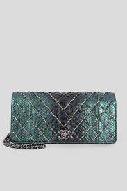 Rent Chanel Classic Quilt Clutch In Dubai Designer 24
