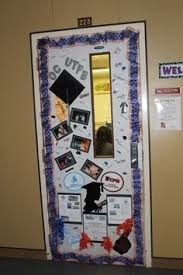 cool college door decorating ideas. Teachers At Crockett Jr. High Held A College Door Decorating Contest. Were Asked Cool Ideas O