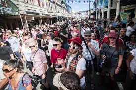 Wellington's CubaDupa draws crowds, duelling tea pots to Wellington  namesake | Stuff.co.nz