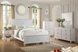 Deco bedroom furniture. Decorating Traditional Style White Bedroom ...
