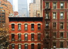 apartment dwellers are no stranger to noise problems whether you re in the city or the suburbs you can keep noise from coming in and going out