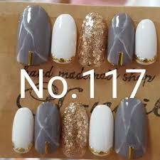 メルカリ No117 グレー白大理石 クリアゴールドラメホロ ネイル