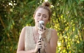 Video Premiere Miley Cyrusu0027 U0027Joleneu0027 From Backyard SessionBackyard Sessions Jolene
