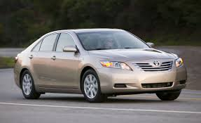 2009 Toyota Camry Hybrid | Review | Reviews | Car and Driver