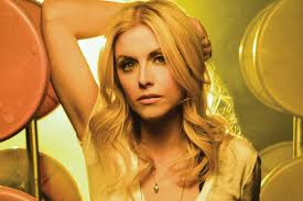essays archives b sides badlands essay the case of lindsay ell sexism in music