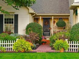Get Inspired for Fall With These Outdoor Decorating Ideas | DIY ...