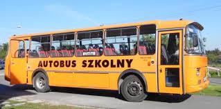 Znalezione obrazy dla zapytania opiekun w autobusie szkolnym