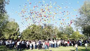 Resultado de imagen para globos a los angelitos al cielo
