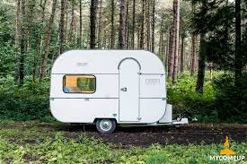 Tiny Trailer Transforms Into Sleek, Modern Office And Bedroom. Travel And  Work!