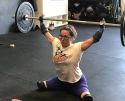 Lindsay Hilton Was Born Without Limbs, Still Crushes Workouts ...