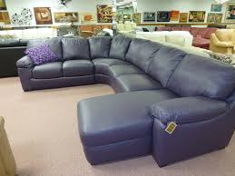 Also in purple plum leather. Natuzzi-purple-leather-sectional-B626