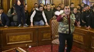 Son Dakika: Ermenistan ordusu, Başbakan Paşinyan ve hükümetin istifasını  talep etti - Son Dakika Haberleri