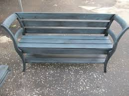 diy bench from two chairs. two chairs into bench...my favorite version of the chair bench! diy bench from a