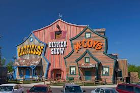hatfield and mccoy dinner show pigeon forge tn