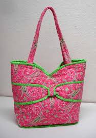 Put a Bow On It Quilted Bag Pattern | Quilted bag, Bag and Patterns & Put a Bow On It Quilted Bag Pattern Adamdwight.com