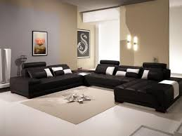living room decor ideas in black and beige theme with beige wall painted and black