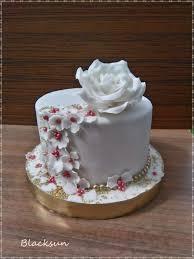 Simple Birthday Cake Cake By Blacksun Cakesdecor