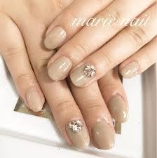 ワンカラー アート2本nail Salon所属marienailのネイルデザインミニモ