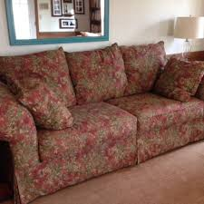 Find more Alexvale Couch Super fortable for sale at up to 90