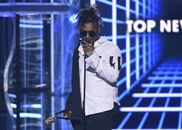Rap 2017 Charts Rapper Juice Wrld Dies After Medical Emergency In Chicago