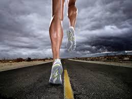 Беговые дисциплины Легкая атлетика Мир легкой атлетики Бег беговые дисциплины лёгкой атлетики объединяют следующие виды спринт бег на средние дистанции бег на длинные дистанции барьерный бег эстафета