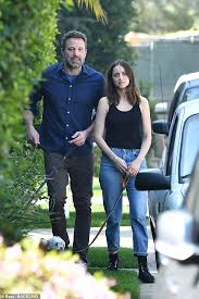 The two actors called it quits recently, with ana apparently being the one to break it off with ben. Ben Affleck Would Love To Have Kids With Girlfriend Ana De Armas Daily Mail Online