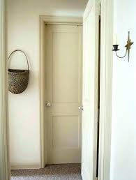 how to paint door trim how to paint door trim painting doors and trim diffe colors