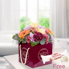 With a flower subscription, you'll get a monthly or weekly box of freshly delivered flowers and arrangements that meet your needs. Flower Box The Colourful Send Flowers Online With Floraprima De