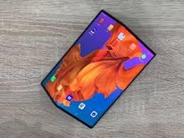 <b>Huawei</b> Mate X: Making the <b>case</b> for a foldable <b>phone</b> — Quartz