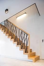 Sorge um details, professionelle fertigung, fachgerechte montage und natürlich günstige preise sind nur die wenigen vorteile unseres angebotes. Treppen Aus Polen Treppen Aus Polen Holztreppe Treppengelander Innen