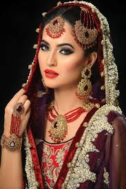 gallery makeup artist job london