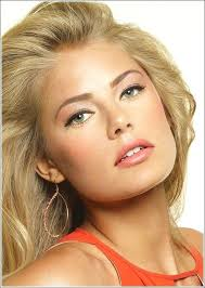 wedding makeup for blue eyes and blonde hair or natural makeup peach lips green eyes green