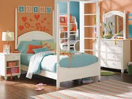 Little Bedroom Bold Two Tone Wall Colour Ideas In Stunning Little Girl Room Feat