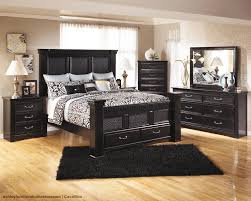 traditional black bedroom furniture. Pair Dark Furniture With Light Accents So Your Room Never Feels Too \u0027heavy\u0027- Traditional Black Bedroom D