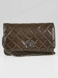 Chanel Taupe Quilted Patent Leather Reissue WOC Clutch Bag | eBay & Chanel Taupe Quilted Patent Leather Reissue WOC Clutch Bag Adamdwight.com
