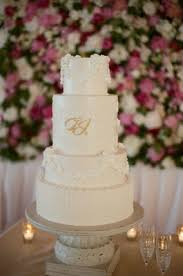 monogrammed wedding cakes. white wedding cake with classic piping and gold monogram monogrammed cakes u
