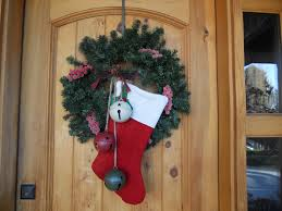office holiday decorating ideas. Door Decorating Ideas And This 007 Office Holiday S