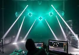 lighting technician. minuit une is hiring a lighting technician on permanent contract