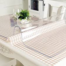 Прозрачная силиконовая <b>скатерть</b> защитит ваш стол