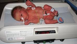 Lichamelijke ontwikkeling baby, dreumes, peuter, kleuter