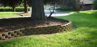 align blocks in a curved retaining wall