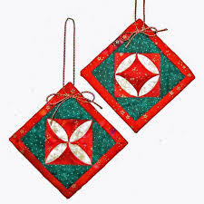 Quilted Christmas Ornament Patterns: Deck Your Tree & Cathedral Window Christmas Ornament Adamdwight.com
