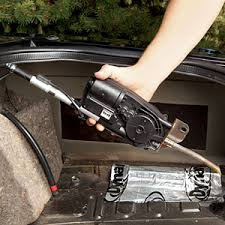 4 steps to fix that pesky car radio antenna if new gears are called for assemble them as before most of the time they just drop into place compress the mast completely and run the nylon rope down